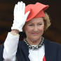 Queen Sonja greeting the Children's Parade from the Palace balkony  (Photo: Stella Pictures)