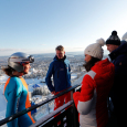 Former ski jumping World Champion Runa Velta and ski jumper Anniken Mork spoke with the British guests about what it takes to perform a long ski jump. Photo: Cornelius Poppe, NTB scanpix.