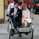 "The Crown Prince and Crown Princess travelled by ""cyclo"" in Hanoi. Photo: Lise Åserud, NTB scanpix"