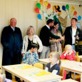 Parents and grandparents got to see the children's class room (Photo: Stian Lysberg Solum / Scanpix)