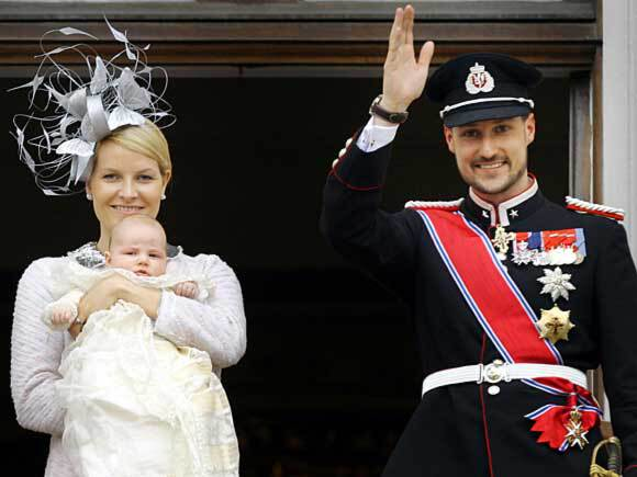 Early start for the Princess: On the balcony for her first 17 May celebration in 2004. Photo: Gunnar Lier, Scanpix.