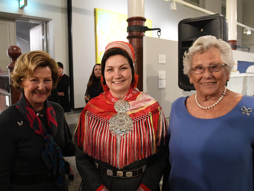Her Highness Princess Astrid, Mrs Ferner was also in attendance at the opening. Shown here with Queen Sonja and Aili Keskitalo. Photo: Sven Gj. Gjeruldsen, The Royal Court.