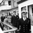 King Haakon inspecting the ship in 1948 (Foto: Scanpix)