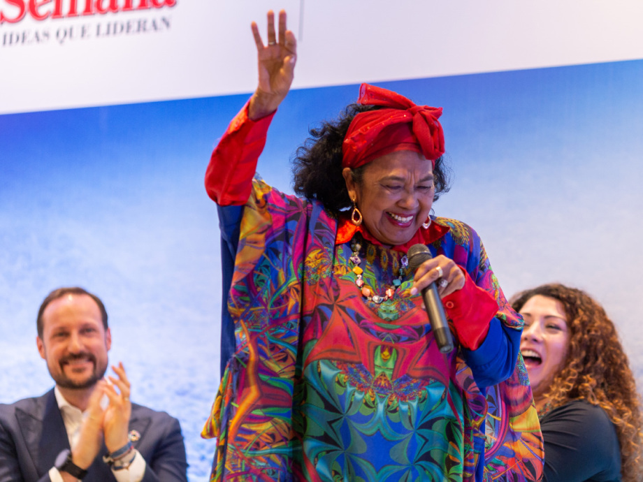 Totó La Momposina, known for her powerful voice and charisma, is an ambassador for the alliance. Photo: FN-sambandet / Eivind Oskarson.
