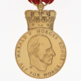 The King's commemorative medal i gold. Photo: Jan Haug, The Royal Court