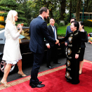 The Crown Prince and Crown Princess officialle welcomed by the Vice President of Vietnam, Her Excellency Mrs Nguyen Thi Doan. Photo: Lise Åserud, NTB scanpix