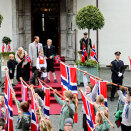 The Children's Parade in Asker outside Skaugum Estate (Photo: Fredrik Varfjell / NTB scanpix)