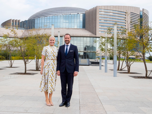 The Crown Prince and Crown Princess outside the AU-headquarters. Photo: Vidar Ruud, NTB scanpix