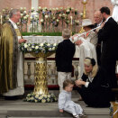 Prince Sverre Magnus is christened in the Palace chapel (Photo: Knut Falch / Scanpix)