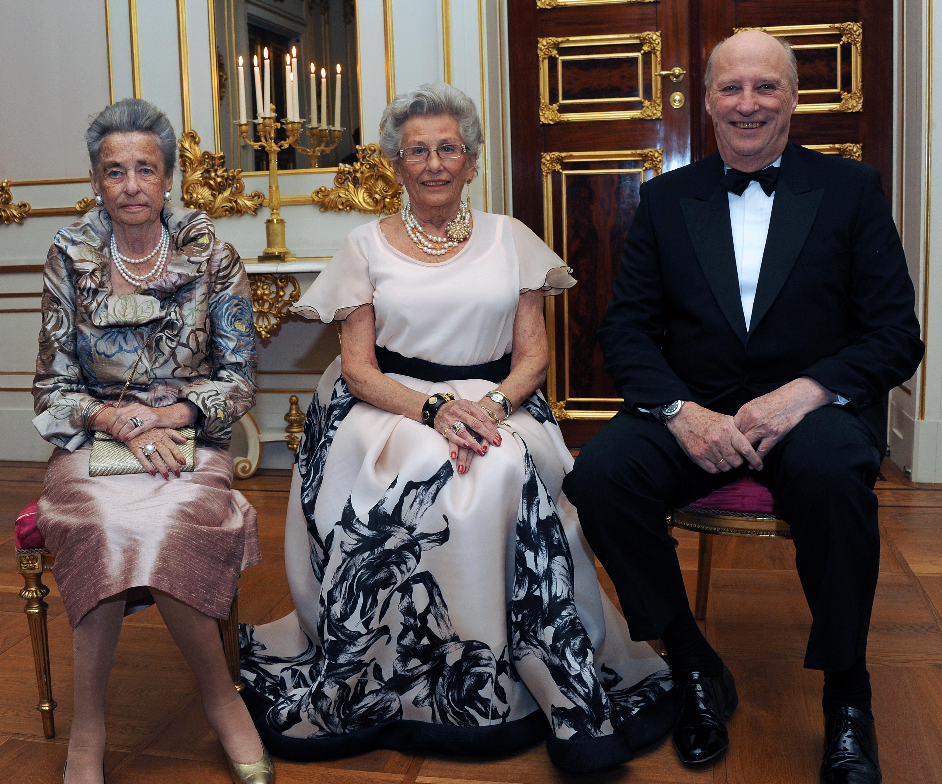 Секс в королевских семьях 5 фотография