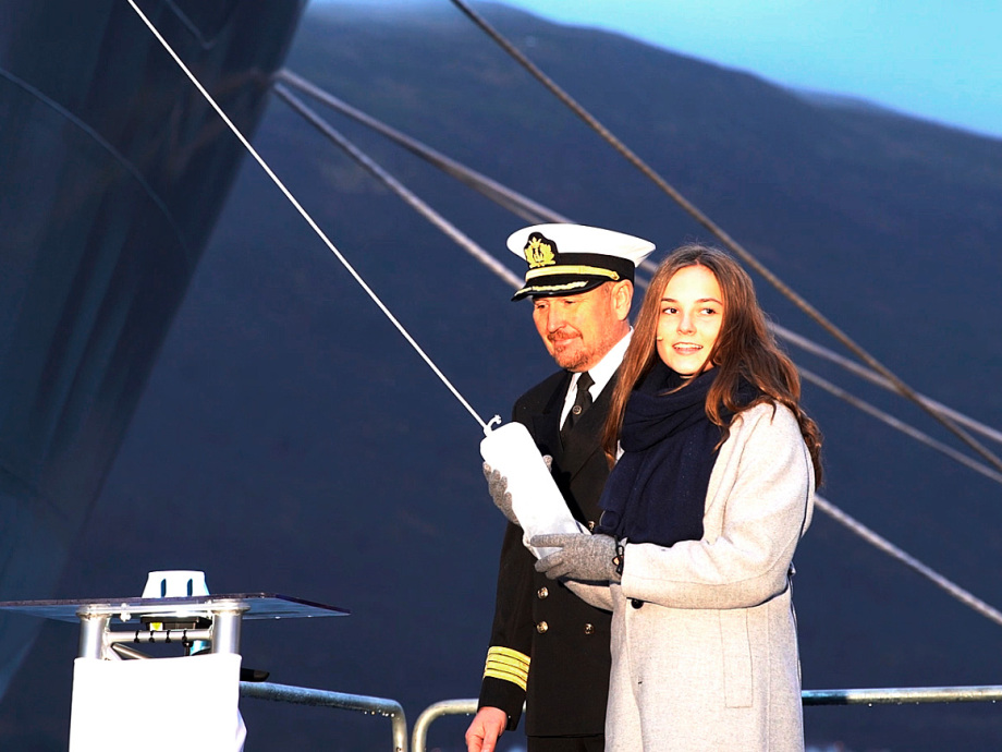 Princess Ingrid Alexandra christens the RV Kronprins Haakon. Photo: Rune Stoltz Bertinussen / NTB scanpix