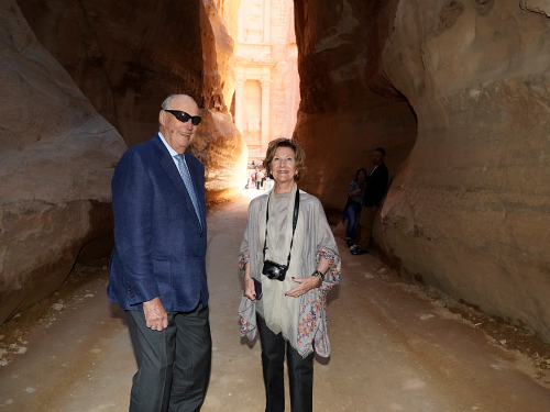 The entrance to Petra is through a deep, narrow gorge. Photo: Heiko Junge, NTB scanpix