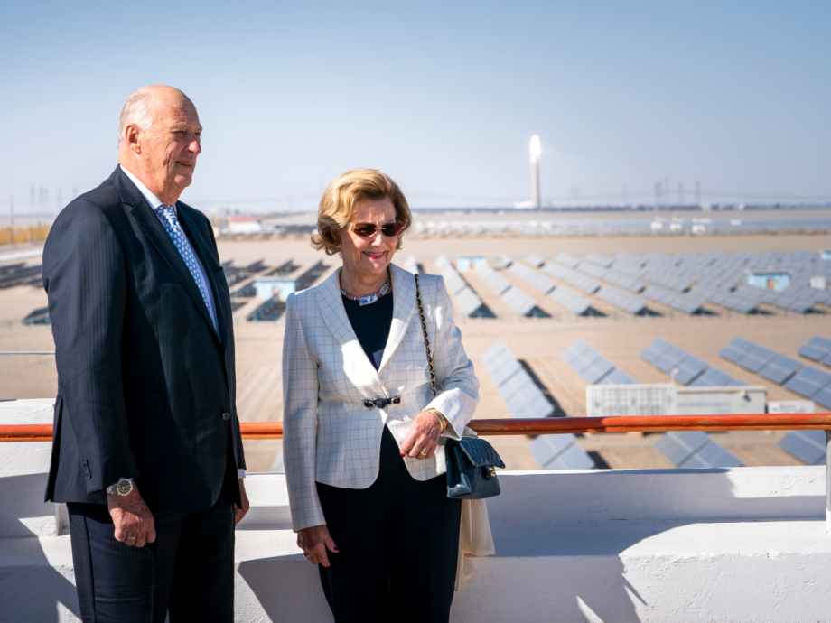 The King and Queen visit Dunhuang Solar Park. Photo: Heiko Junge, NTB scanpix