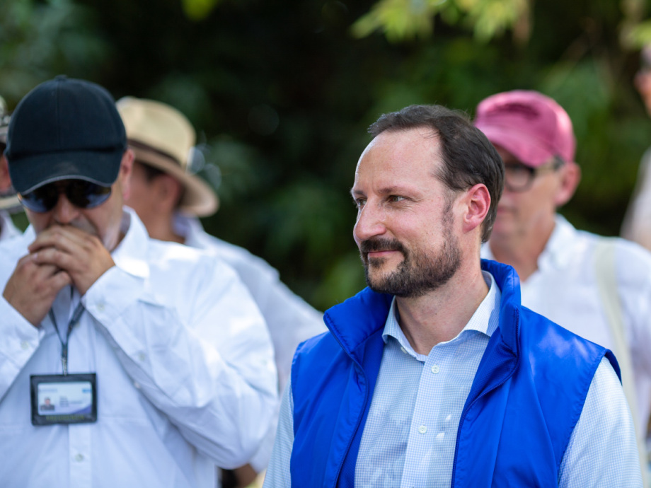 Crown Prince Haakon in El Torno. Photo: FN-sambandet / Eivind Oskarson.