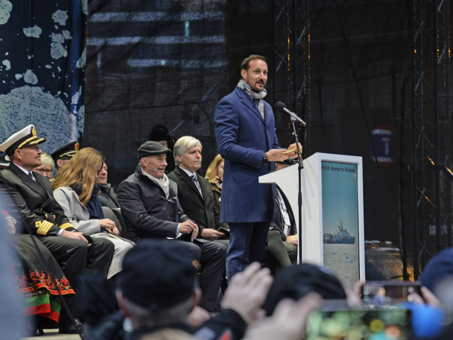 Crown Prince Haakon speaking at Tromsø Harbour. Photo: Rune Stoltz Bertinussen / NTB scanpix