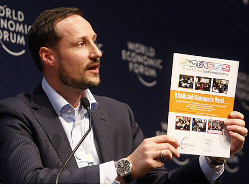 Crown Prince Haakon takes part in a panel discussion during the World Economic Forum. Photo: Arnd Wiegmann, Reuters.
