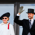 The Queen and Crown Prince Haakon on the Palace Balcony (Photo: Fredrik Varfjell / NTB scanpix)