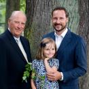 King Harald, Crown Prince Haakon and Princess Ingrid Alexandra, 28 August 2009. Hand out picture from The Royal Court. For editorial use only - not for sale. Photo: Morten Brun, The Royal Court